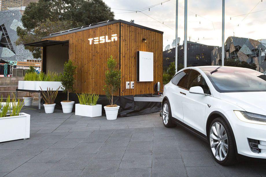 Tesla Tiny House Hits the Road in Australia